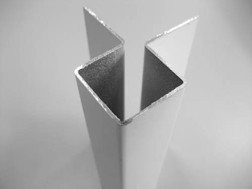 Кедрал Внешний симметричный угловой профиль